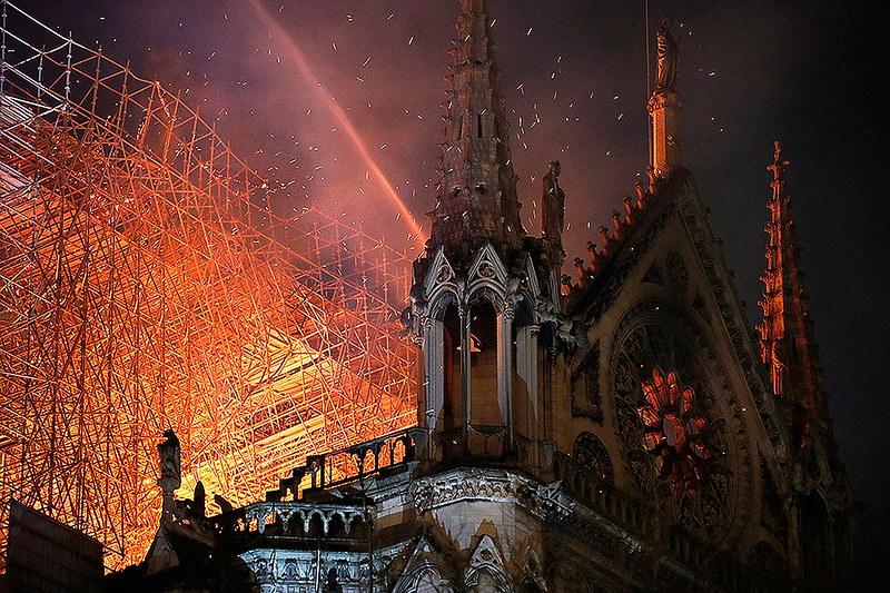 Notre-Dame de Paris REUTERS 01