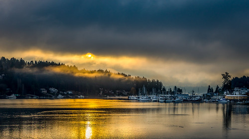 gigharbor pnw pnwonderland harbortown sunrise clouds boats boating reflection morning