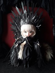 Daenerys war queen