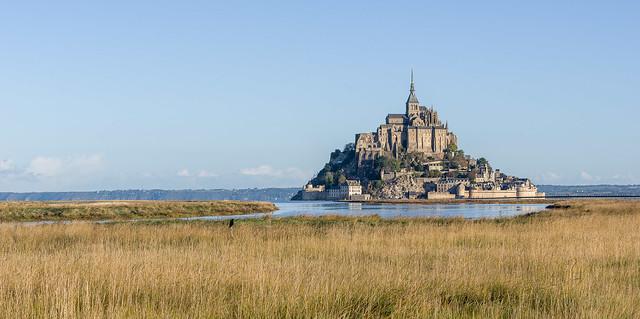 Mont saint Michel au lever du soleil