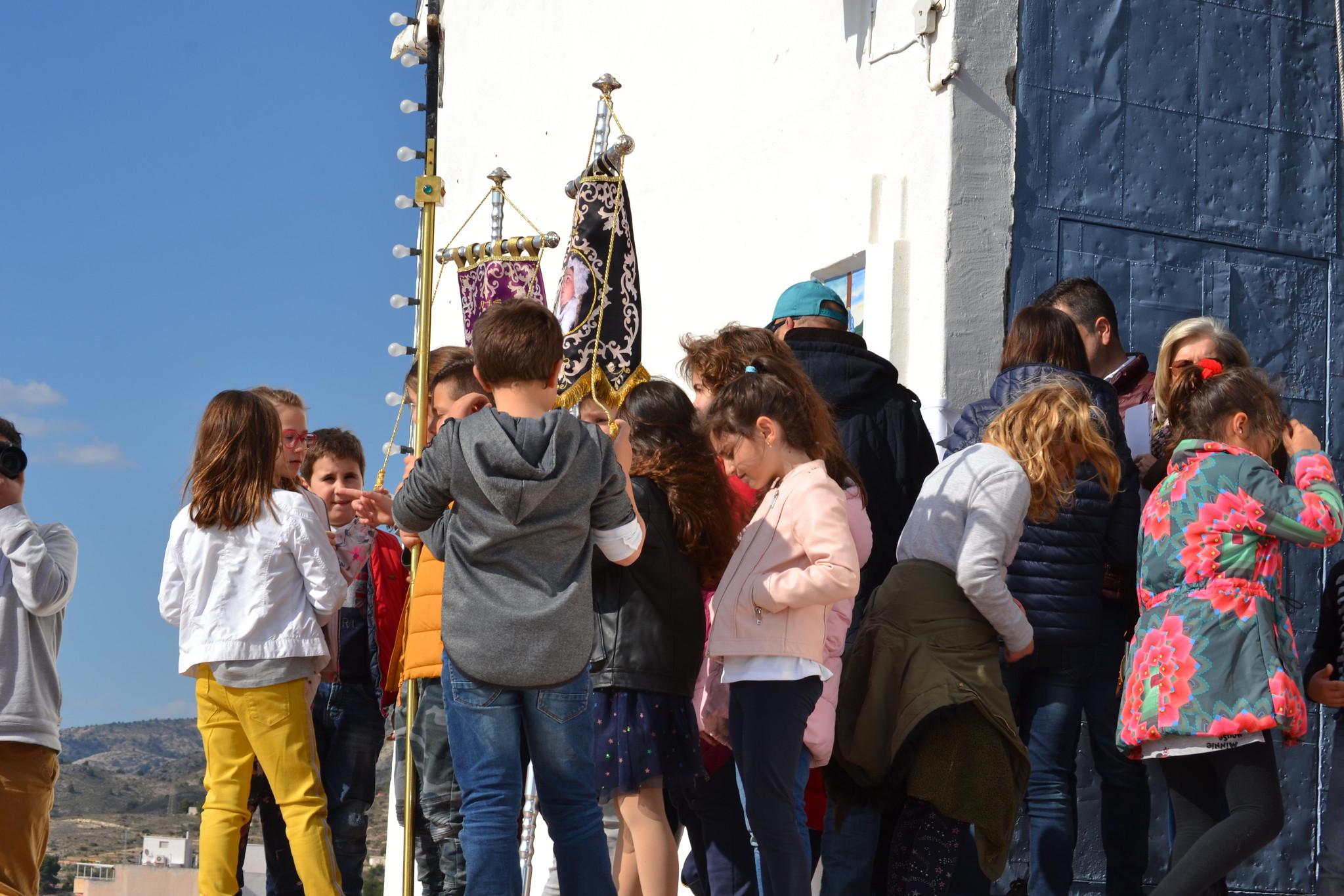 (2019-04-12) - III Vía Crucis jóvenes - Diario el Carrer (03)