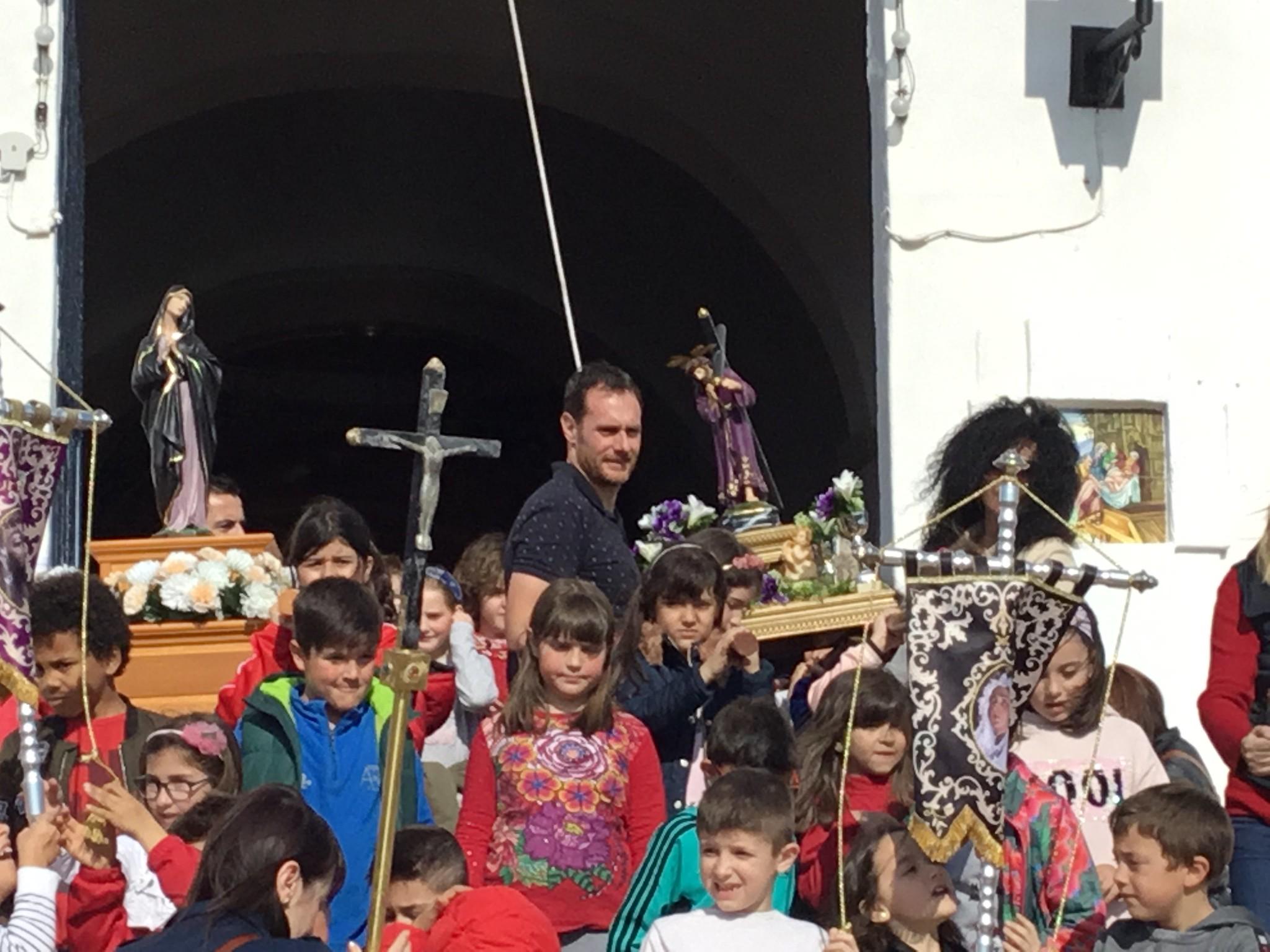 (2019-04-12) - III Vía Crucis jóvenes - Diario el Carrer (19)