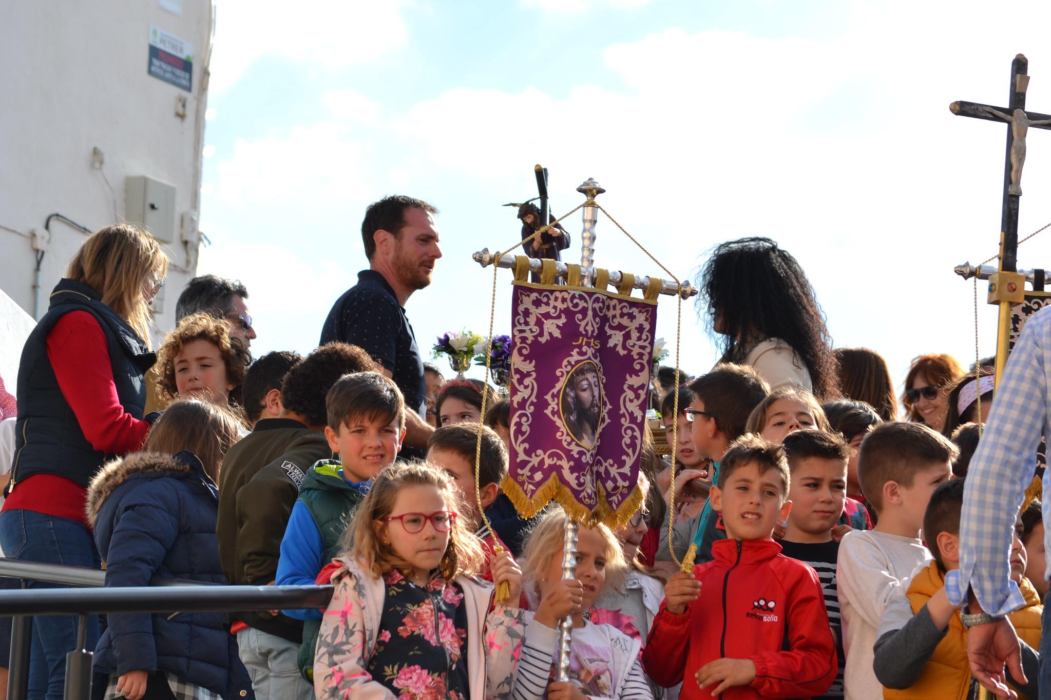 (2019-04-12) - III Vía Crucis jóvenes - Diario el Carrer (15)