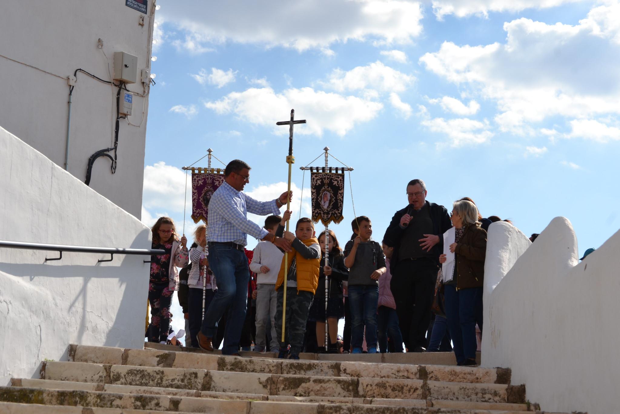 (2019-04-12) - III Vía Crucis jóvenes - Diario el Carrer (13)