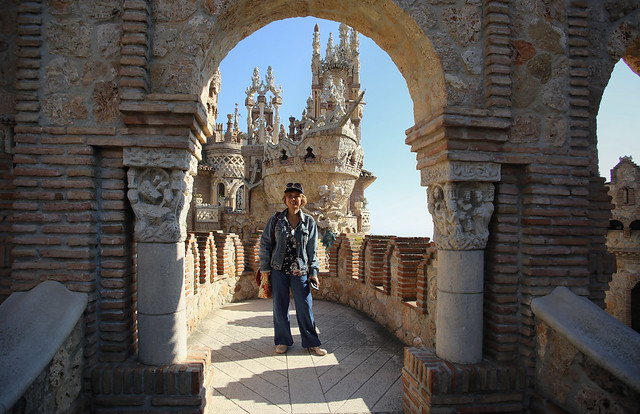 Kanitha in front of the ship of Columbus at  Colomares Castle