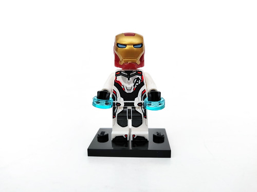 LEGO Marvel Super Heroes Avengers: Endgame Iron Man and Dum-E (30452)