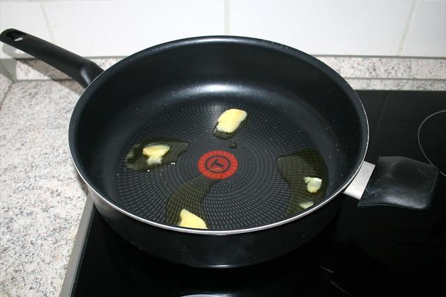 12 - Butterschmalz erhitzen / Heat up ghee