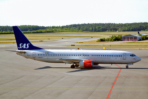 LN-RCY   Boeing 737-883 [28324] (SAS Scandinavian Airlines) Stockholm-Arlanda~SE 06/06/2008 | by raybarber2