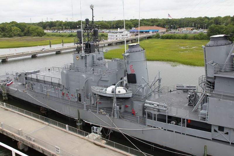 USS Laffey 00009