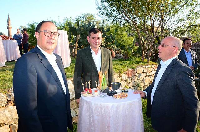 Burhan Sili, Mustafa Türkdoğan, Hasan Sipahioğlu.