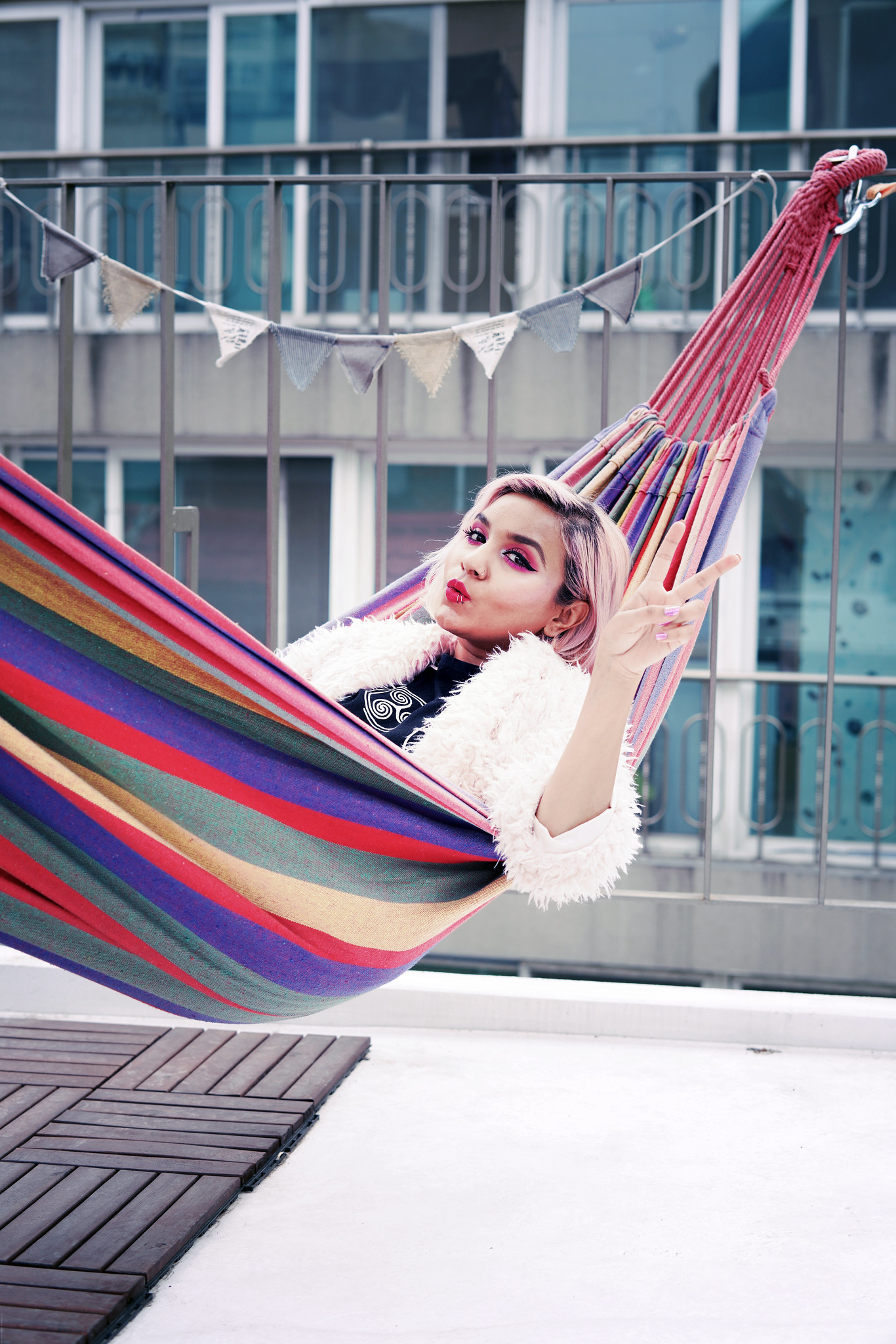 Fashionicide rainbow hammock_effected