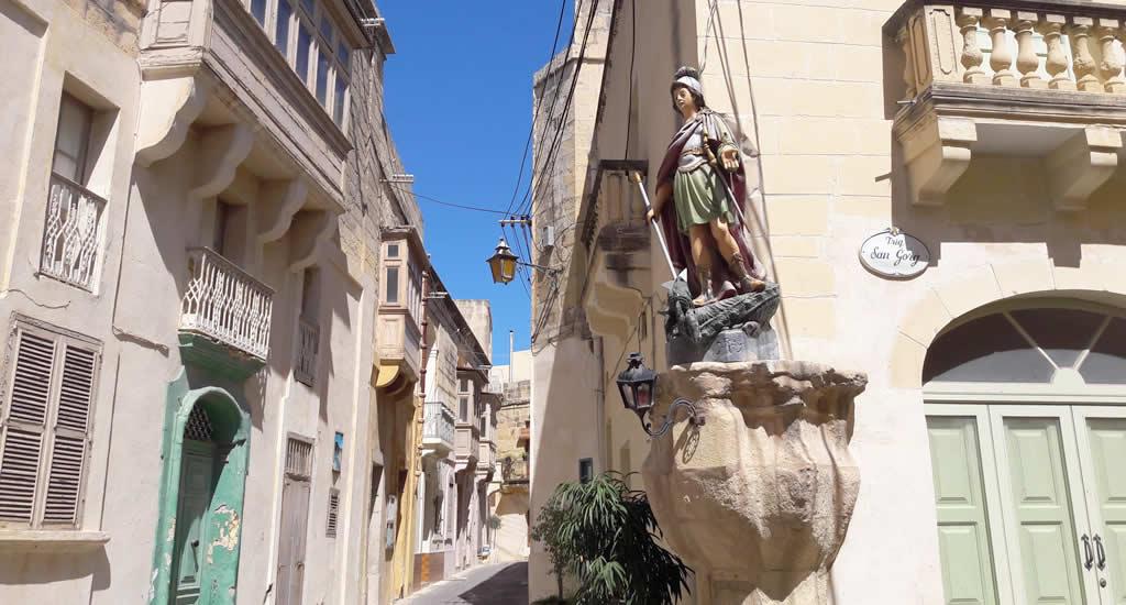 Straten en beelden in Victoria, Gozo