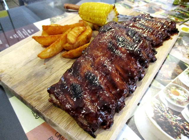XL Hickory BBQ pork ribs