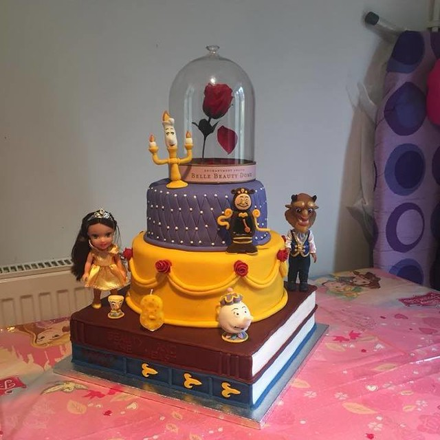 Cake by Rachael's Cakes