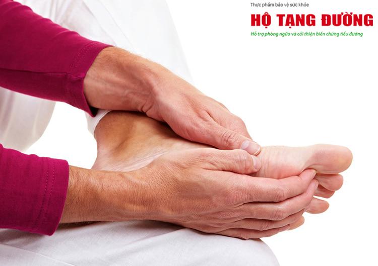Tê bì chân tay là dấu hiệu đầu tiên cảnh báo biến chứng thần kinh của bệnh tiểu đường.