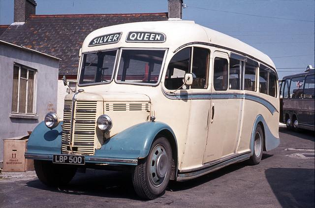 Currian Road Tours ( Stoneman ) . Nanpean , Cornwall . LBP500 . Nanpean Garage , Cornwall . July-1972