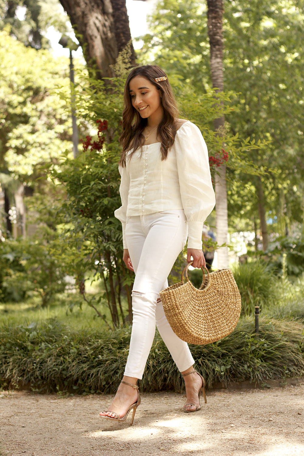 White Linen Top jeansstraw bag street style outfit 20199