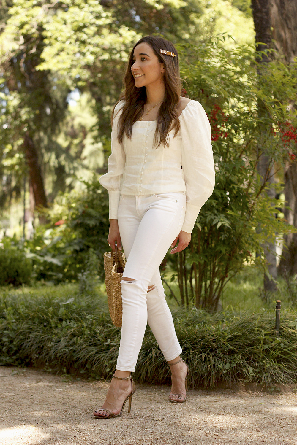 White Linen Top jeansstraw bag street style outfit 20191