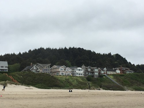 Cannon Beach, OR | by beingjellybeans