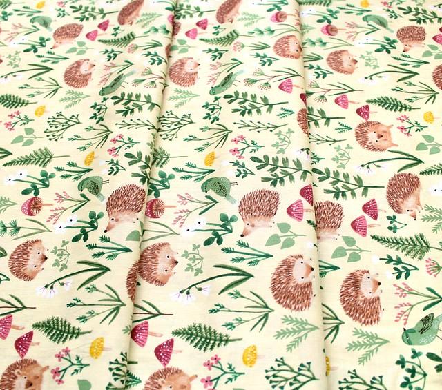Clothworks Woodland Wander Y2591-8 Hedgehog Light Yellow