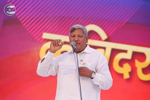 Poem by Radhey Shyam Satyarthi from Ghatkopar MH