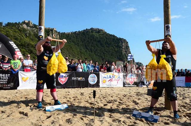 Dünyanın en güçlü sporcuları Alanya'da yarışıyor