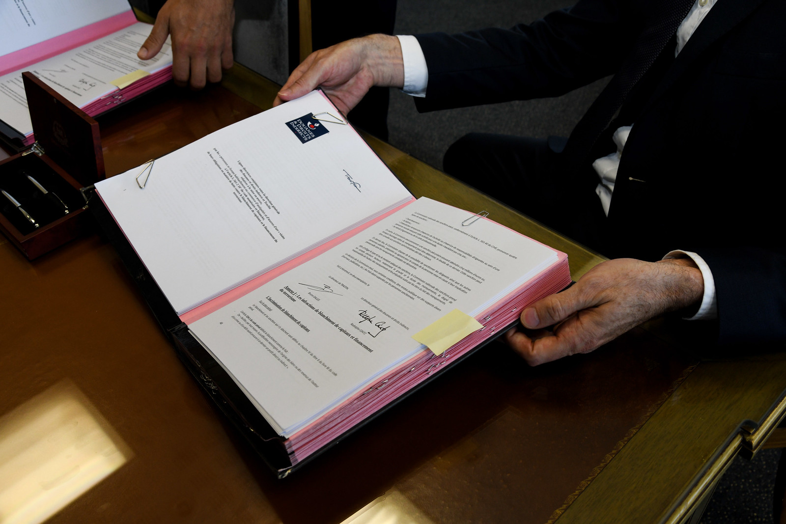 Signature lignes directrices conjointes DGDDI-TRACFIN