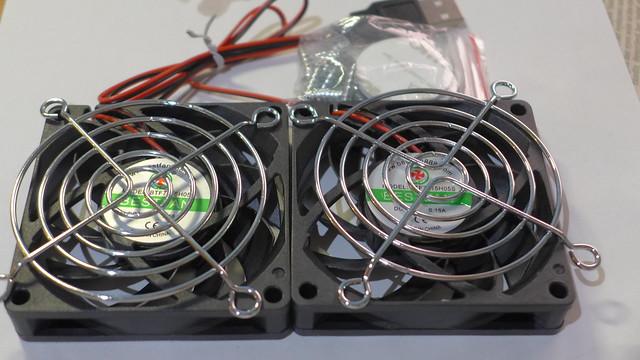 AC86U/AC68U 散熱風扇