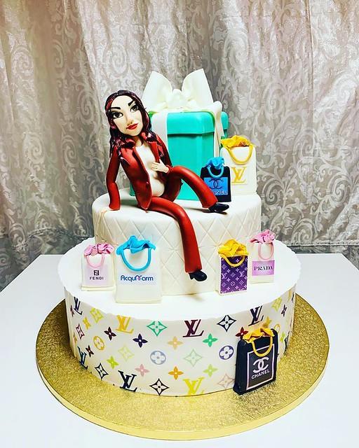 Cake by Rosita Sweet Cake
