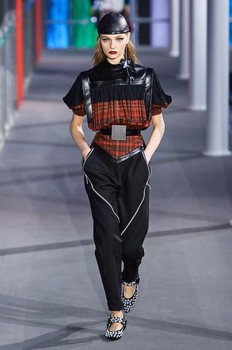 Louis Vuitton Womenswear Fall/Winter 2019/2020 25