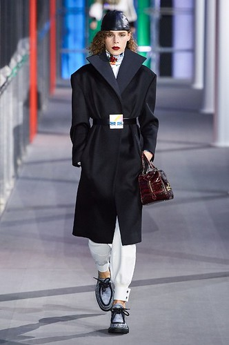 Louis Vuitton Womenswear Fall/Winter 2019/2020 17