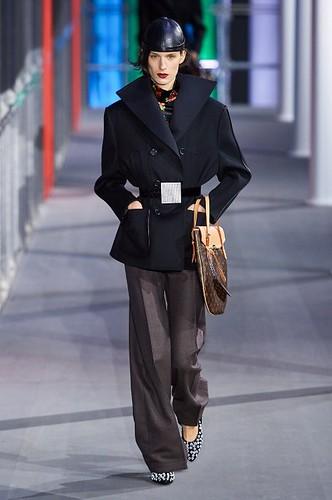 Louis Vuitton Womenswear Fall/Winter 2019/2020 16