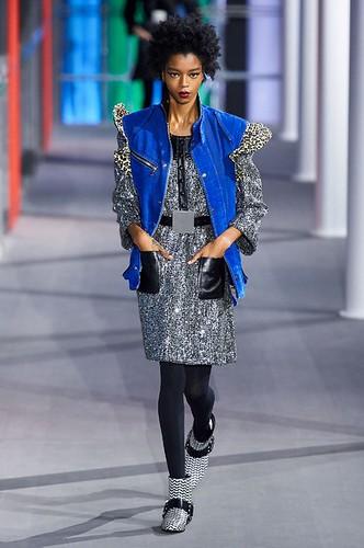 Louis Vuitton Womenswear Fall/Winter 2019/2020 12