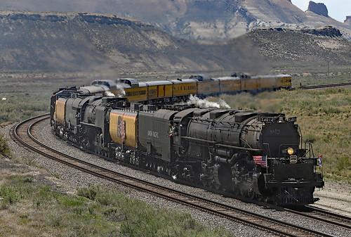 unionpacific bigboy up4014 wyoming railroad train engine steamlocomotive railroadcar excursion