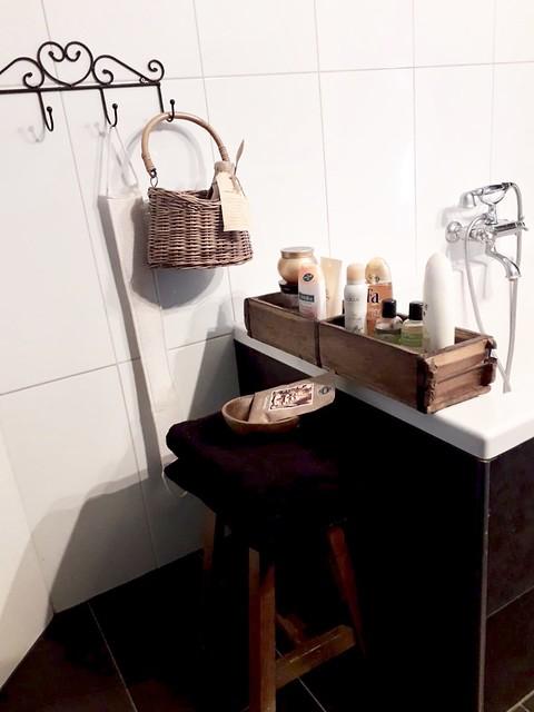 steenmal krukje wandhaak badkamer