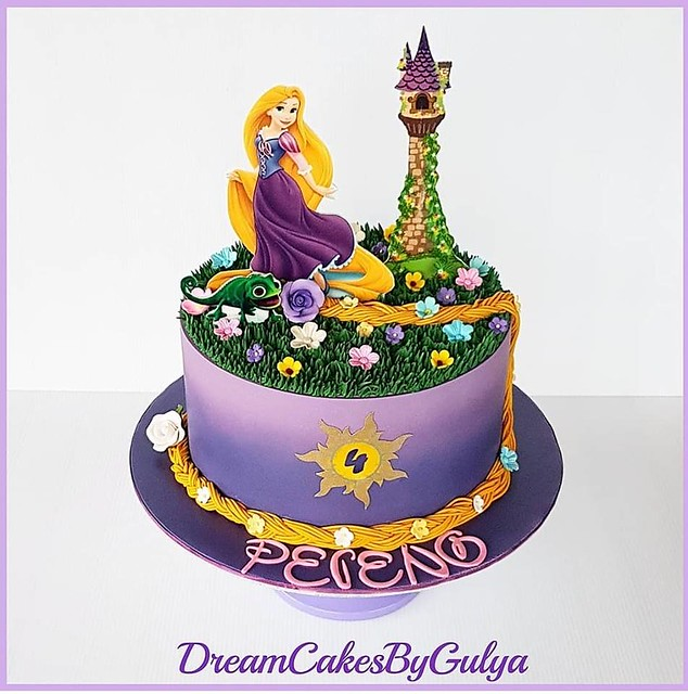 Rapunzel Cake from Dream Cakes By Gulya