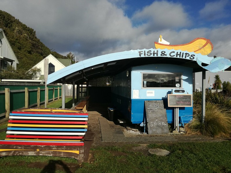 Kai Hut dining option on stewart island