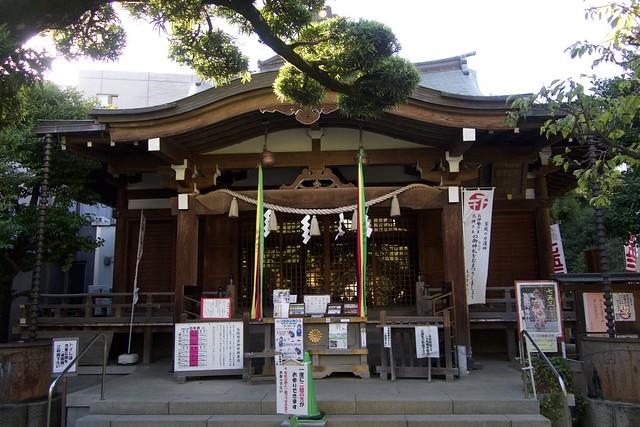 hatonomorihachimanjinja_016