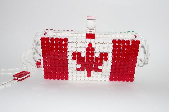 2019 - lego canada/italy purse