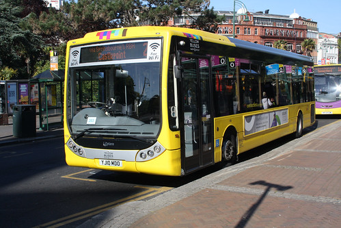 Yellow Buses 105 YJ10MDO