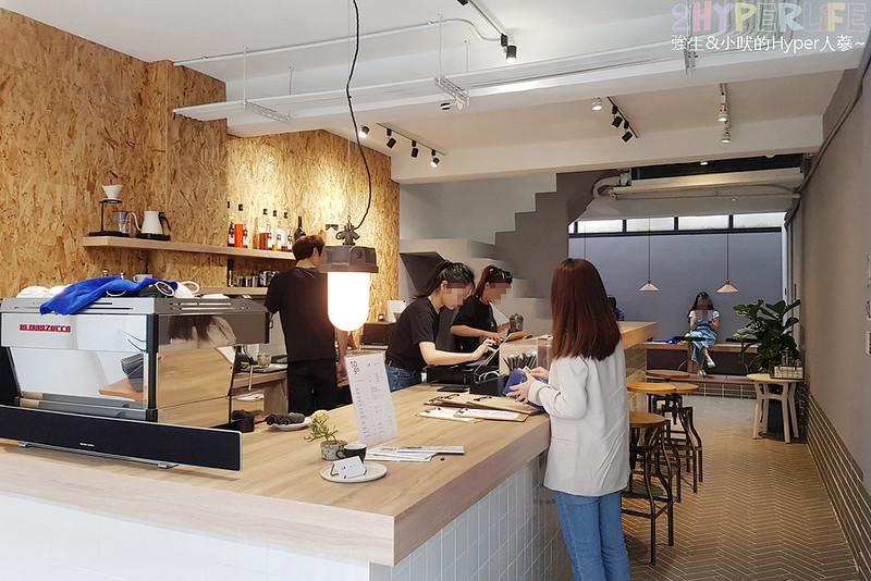 46937603805 f56b73eeae c - J.W.xMr.Pica│近期人氣超高的質感咖啡店,同時有好喝咖啡和生活選物!近審計新村呦~