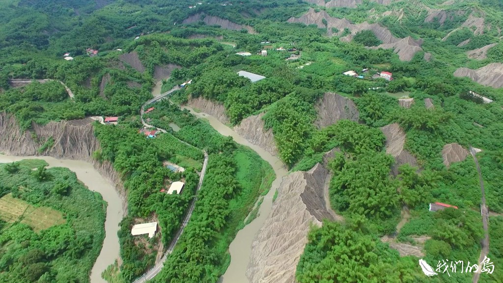 1001-3-10台灣大概有107種瀕臨絕種或瀕危植物,是沒有座落在保護(留)區系統,或沒有在國家公園範圍裡。