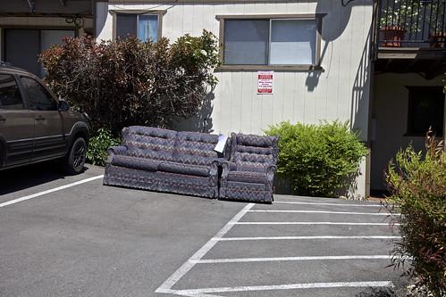 Sofa Free Parking in Reno