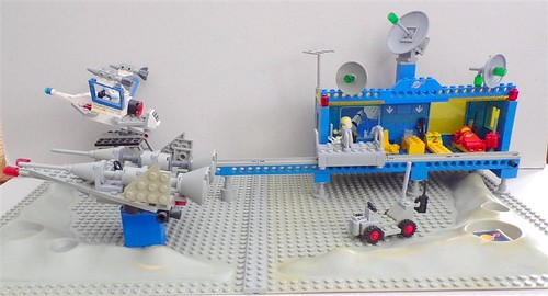 Lego 6970 Beta-1 Command Base | by Zoltar72