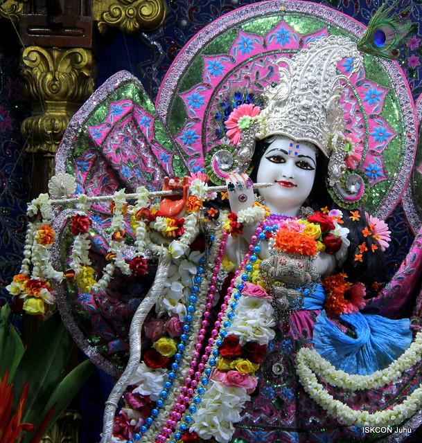 [10:29 AM, 5/16/2019] Dudh Amrit Das: ISKCON Juhu Sringar Deity Darshan on 16th May 2019