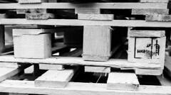 Details of pallets