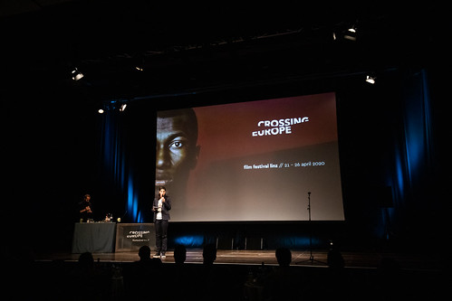 CE19 - awards ceremony // Florian Hackl (Bar Mezzanin), Moderator Karin Schmid // photo © Andreas Wörister / subtext.at