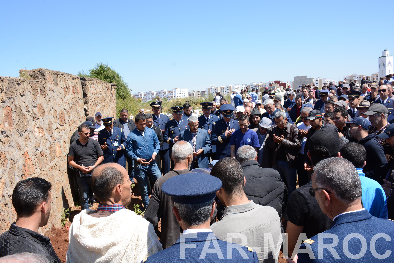 Funérailles de feu le lt colonel Najib El Hadrati et du A/C Hassan Tazi 46948145734_121c2e506f_o