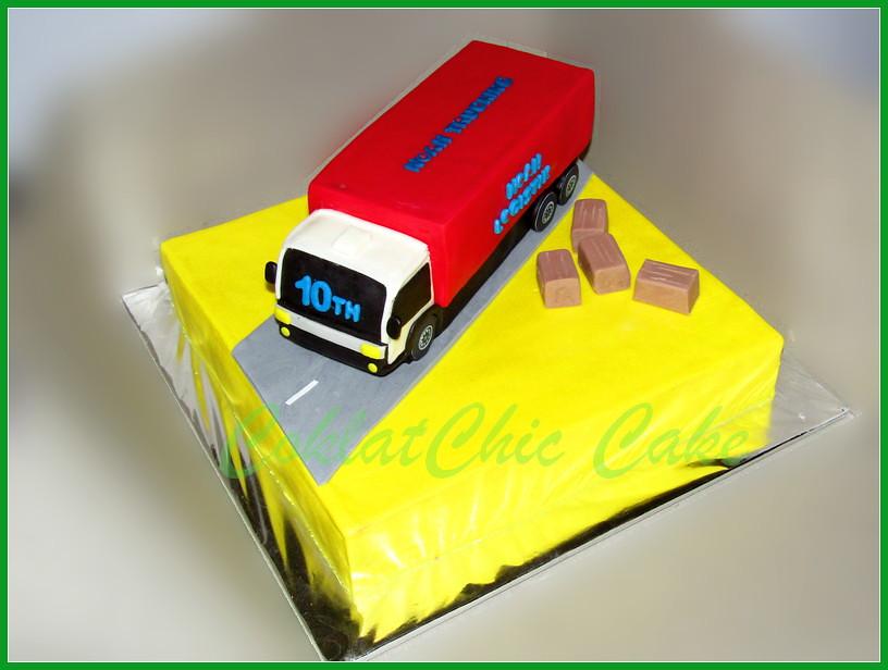 Cake truk Logistik PT NOAH LOGISTIC 30 cm