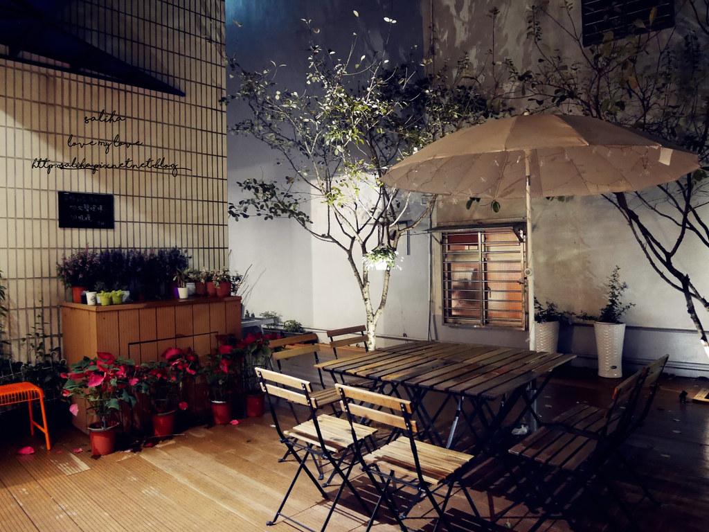 台北文山區萬隆站附近氣氛好約會餐廳推薦ConfitRemi黑米義大利麵 (2)